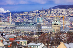苏黎世都市风景在冬天 库存照片
