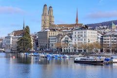 苏黎世都市风景在冬天 免版税图库摄影