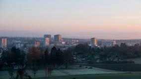 苏黎世都市风景有橙色天空的 免版税库存图片