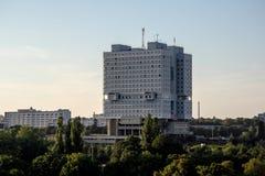 苏维埃市政厅被放弃的议院在加里宁格勒 免版税图库摄影