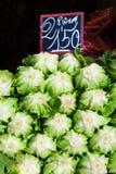 莴苣在市场上 库存图片
