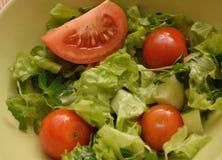莴苣用西红柿和黄瓜 图库摄影