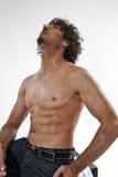 英俊的半人肌肉裸体纵向 免版税库存照片