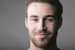 英俊的微笑 免版税库存图片