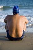英俊的男性游泳者 免版税图库摄影