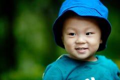 英俊的男婴 免版税库存照片