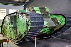 英国中型油箱Mk v 57mm 1918年 库存图片