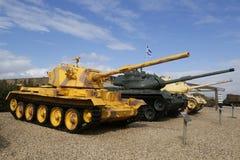 英国做的战车的御者轻量级坦克由IDF夺取了在显示的黎南部在Yad LaShiryon装甲的军团博物馆 免版税库存图片