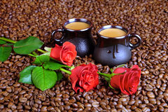 英国兰开斯特家族族徽和咖啡用牛奶 免版税库存图片