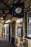 英国农村火车站 库存照片