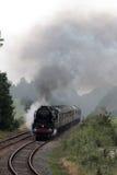 英国印度线在测验运行的蒸汽火车 库存图片