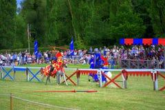 英国对苏格兰骑士马上枪术比赛 免版税库存照片