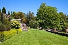英国庭院 库存照片