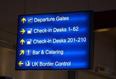 英国机场标志 免版税库存照片
