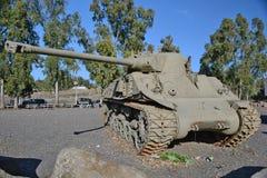 英国百夫长坦克被安装在纪念品在Katzrin 免版税库存图片