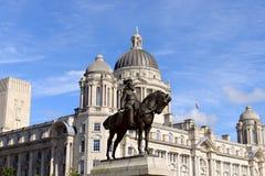 英国的爱德华七世国王雕象  免版税图库摄影