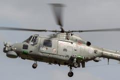 英国皇家海军海军航空兵部队韦斯特兰天猫座HMA 8个WG-13反水下战争直升机XZ719 图库摄影