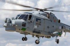 英国皇家海军海军航空兵部队韦斯特兰天猫座HMA 8个WG-13反水下战争直升机XZ726 图库摄影