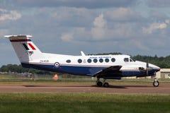 英国皇家空军皇家空军叫卖小贩Beechcraft B200GT Air ZK458国王从45R分谴舰队, 3的飞行的训练基于学校在皇家空军Cranwell 图库摄影