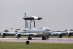 英国皇家空军皇家空军波音E-3D哨兵空中预警在英国皇家空军驻地Waddington的AWACS航空器ZH101 免版税库存照片