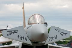 英国皇家空军皇家空军Eurofighter EF-2000台风FGR 从没有的4个ZK342 6分谴舰队根据在特别号衣的皇家空军Lossiemouth 图库摄影