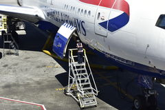英国航空公司喷气机,关闭装货舱口盖 免版税库存图片