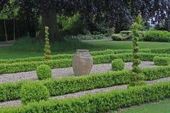 英国规则式园林 免版税库存图片