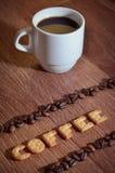 英国词& x22; Coffee& x22; 组成盐薄脆饼干信件 免版税库存照片