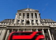 英国银行外部,针线街,伦敦,英国 免版税库存照片