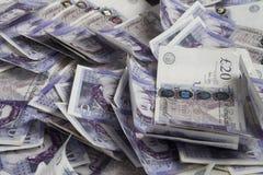 英国货币 大量英国20磅钞票 背景 图库摄影
