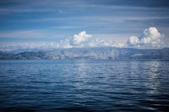 英国细致的空白海岛海岛掌上型计算机天堂沙子含沙唾液结构树绿松石处女的水 图库摄影