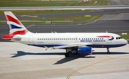 英国319条空中巴士的空中航线 免版税库存照片