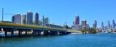 英属黄金海岸光路轨G -昆士兰澳大利亚 免版税库存照片