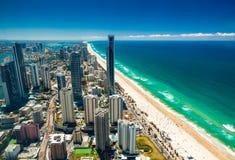 英属黄金海岸, AUS - 2015年10月04日:英属黄金海岸的鸟瞰图 库存照片