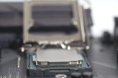 英特尔LGA 1151在主板计算机个人计算机的cpu插口有处理器的 免版税库存照片