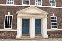 英王乔治一世至三世时期的门道入口 免版税库存照片