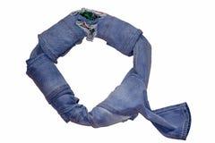 英语字母表从包括各种各样的树荫的牛仔裤衣裳信件被计划 库存图片
