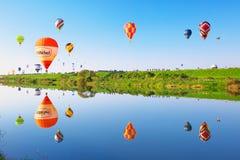 英雄传奇国际气球节日 免版税库存照片