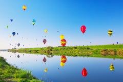 英雄传奇国际气球节日 免版税库存图片