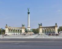 英雄正方形在布达佩斯,匈牙利 图库摄影