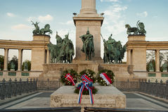 英雄正方形在布达佩斯(匈牙利) 图库摄影
