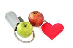 苹果和心脏 库存照片