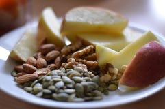 苹果和种子II 免版税图库摄影
