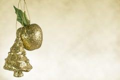 苹果圣诞节装饰结构树 免版税库存图片