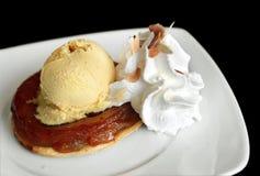 苹果奶油色冰馅饼 免版税图库摄影