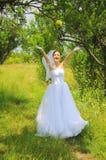 苹果新娘纵向抛 库存照片