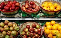 苹果桔子 免版税库存照片