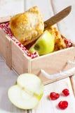 苹果樱桃饼 库存图片