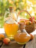 苹果汁醋 图库摄影