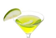 苹果特写镜头绿色马蒂尼鸡尾酒 图库摄影